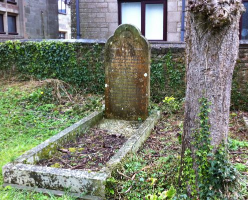 Walter William Henry Hodder memorial 1
